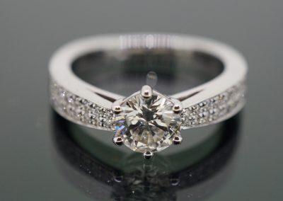 Diamond ring 18