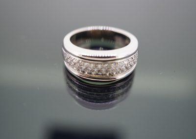 Diamond ring 33