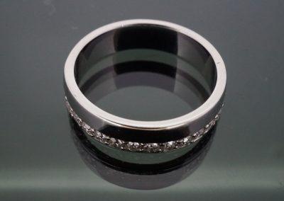 Diamond ring 32